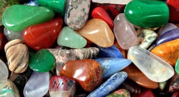 دانش بنیان شدن صنعت سنگ های قیمتی ارزش افزوده ای بالایی دارد