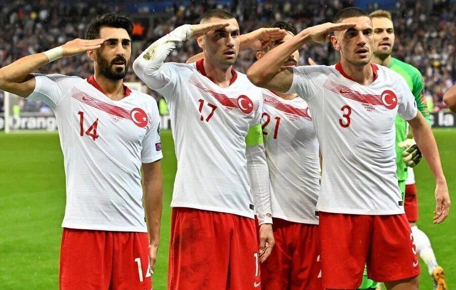 جنجال سلام نظامی بازیکنان تیم ملی ترکیه