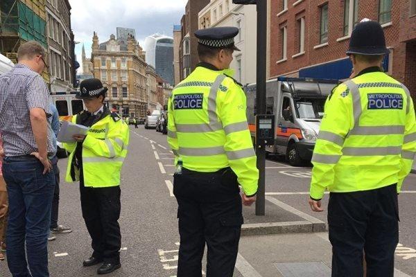 حمله با چاقو در انگلیس، 3 نفر کشته و زخمی شدند