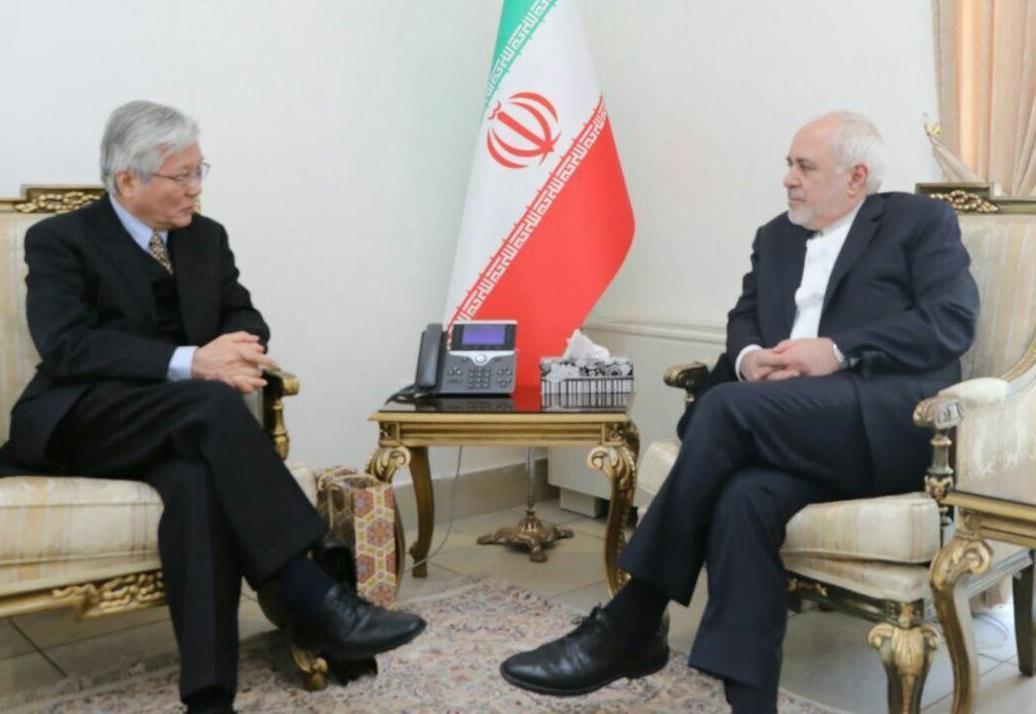 ملاقات نماینده ویژه دبیر کل سازمان ملل در افغانستان با ظریف