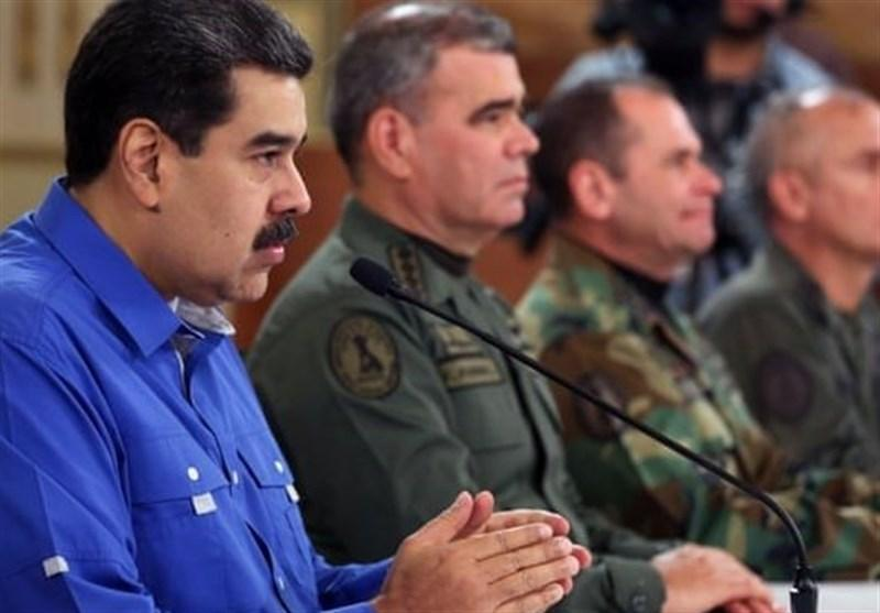 مانور سپر بولیواری ونزوئلا برای استقبال از کشتی های سوخت رسان ایرانی