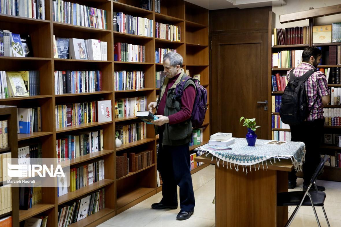 خبرنگاران مشارکت 7 کتابفروشی خراسان شمالی در طرح تابستانه کتاب