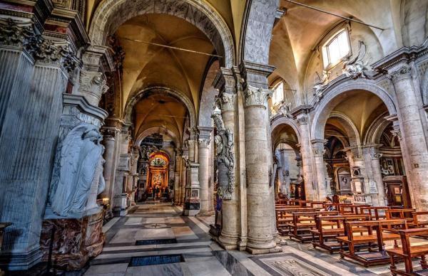 مقاله: باسیلیکای سانتا ماریا دل پوپولو رم (ایتالیا)