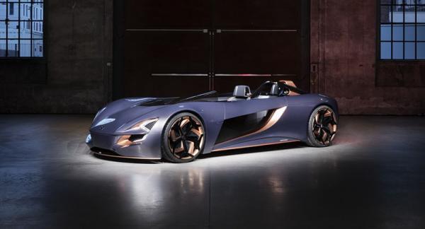 خودروی مفهومی سوزوکی میسانو با الهام از جایگاه های پشت سر هم موتورسیکلت معرفی گردید