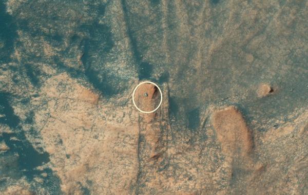 ربات کوه نورد ناسا در حال صعود از کوه مرکو توسط مدارگرد مریخ شکار شد